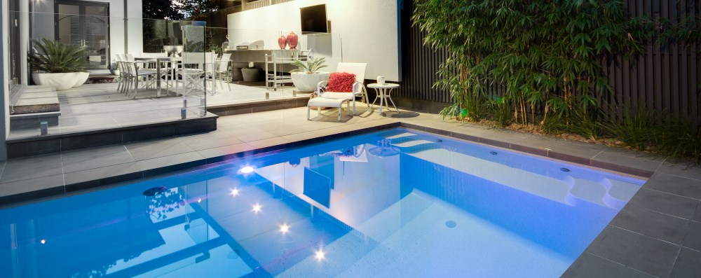 Plunge pools for smaller backyards